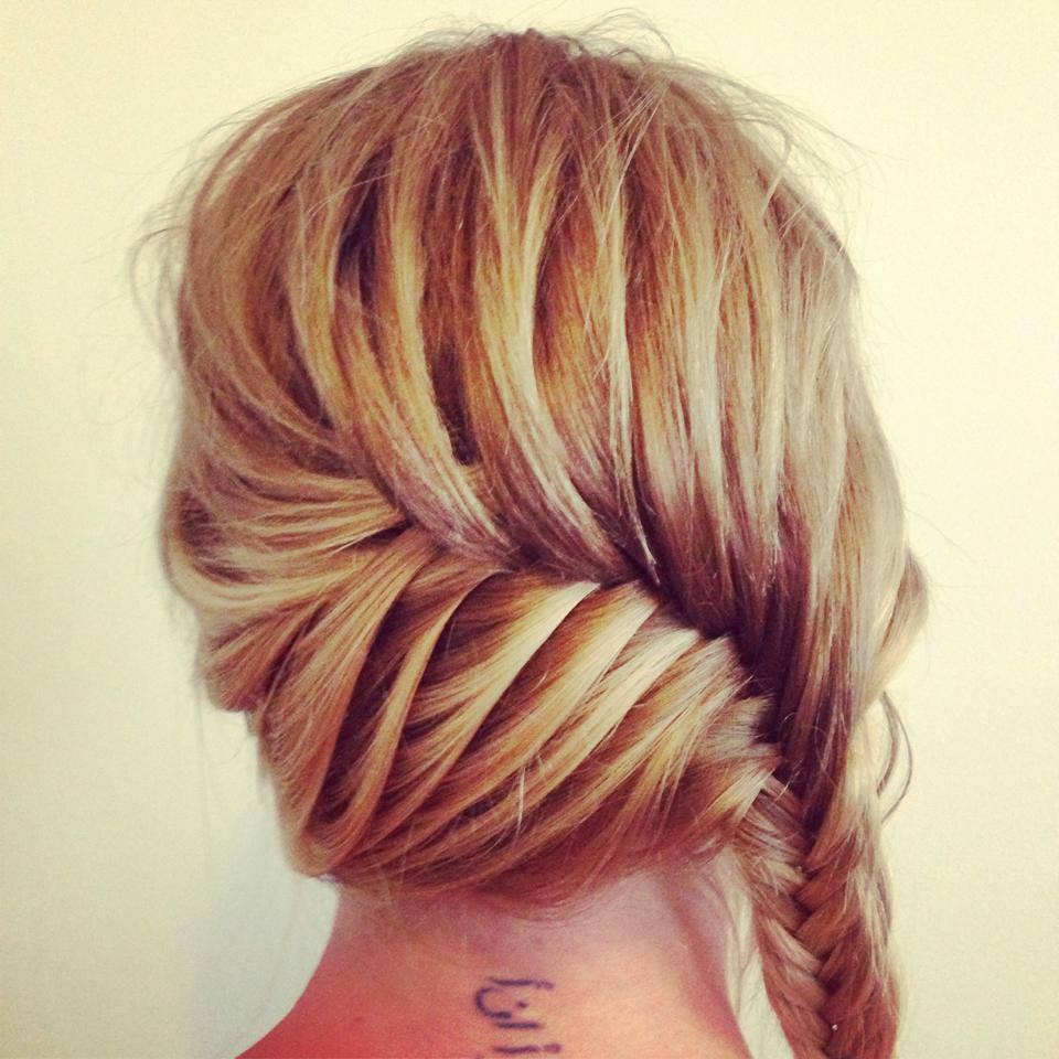 Kara Scott Hair Stylist How To Do A Fishtail Plait